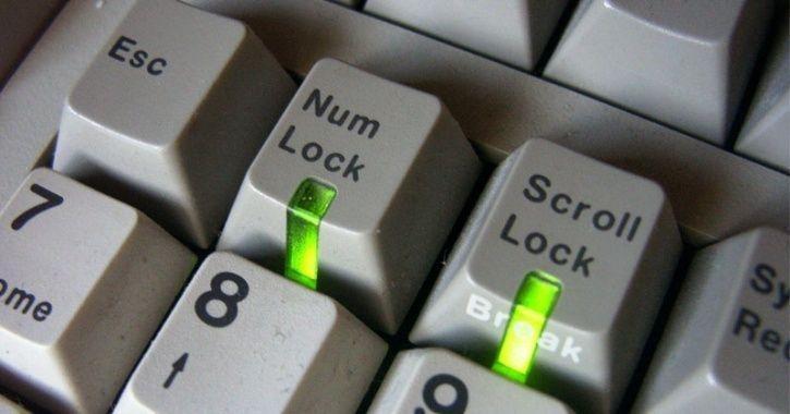 شنیدن صدای بیپ پس از زدن کلیدهای Caps Lock ، Num Lock و Scroll Lock